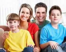 Як навчити дитину поводитися з грошима фото