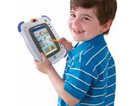 Як придумати розвиваючу іграшку для маленької дитини? фото